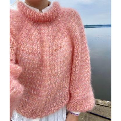 AnemoneSweateren af Kristine Sloth - YarnJunkies - Garnpakke til Anemo